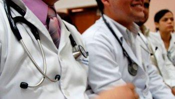 Hoy depositan los haberes de julio para el sector de la salud