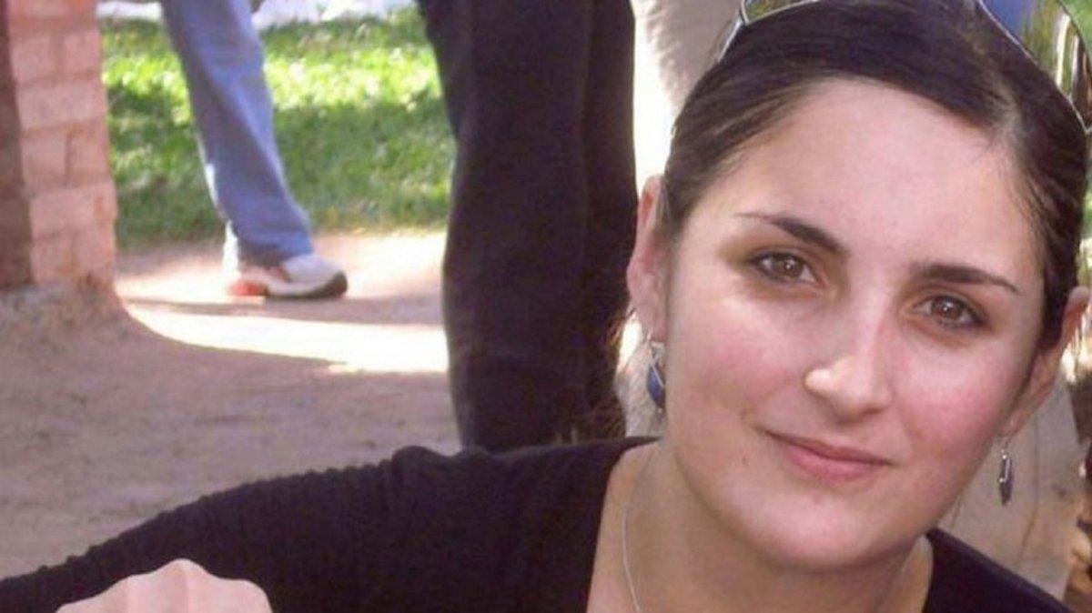 Una carga abrumadora: Dos hermanos no llevarán más el apellido de su padre femicida