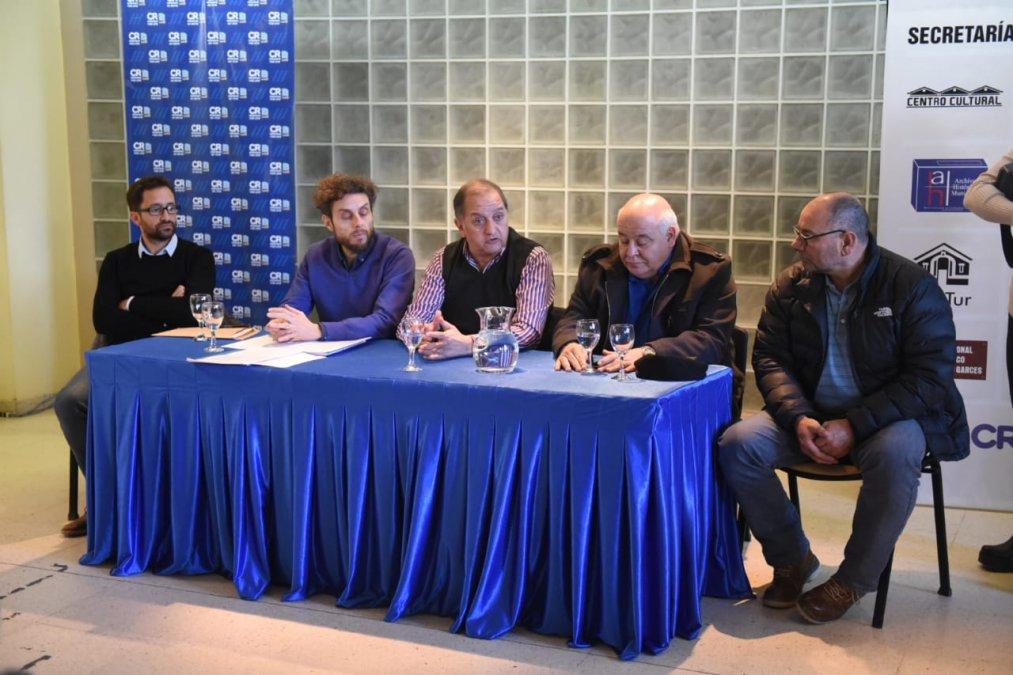 Por el impacto de la crisis el municipio convocó a los contratistas de la obra pública