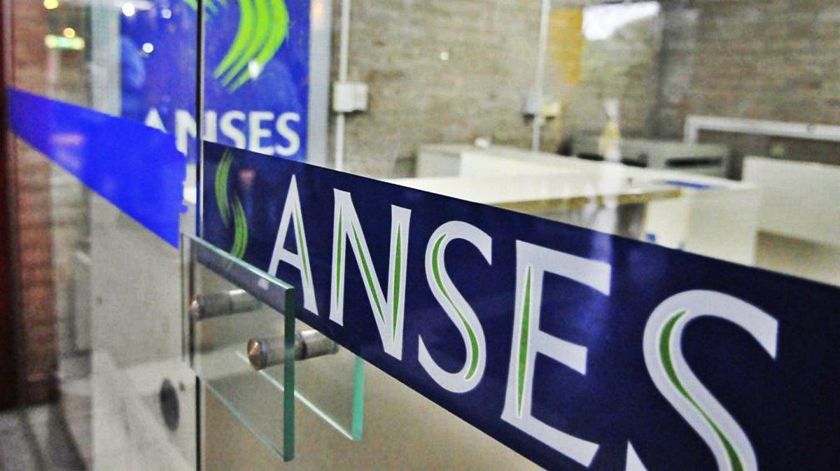 Jubilados: ¿Cómo acceder al nuevo crédito de Anses?