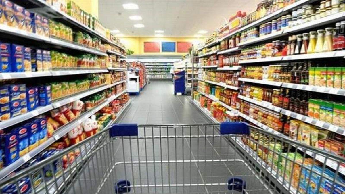 El mercado minorista cayó un 18% en agosto