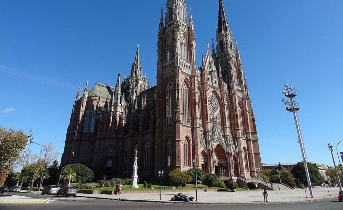 La Plata: no habrá misas este fin de semana debido al Encuentro Plurinacional de Mujeres