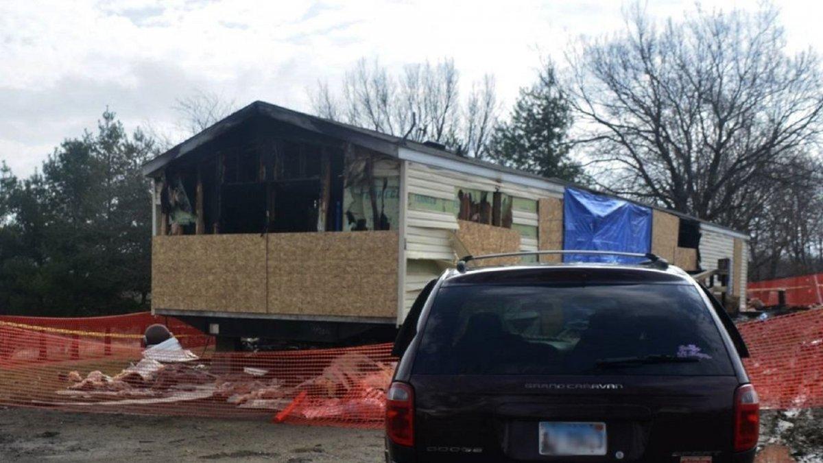 Un nene de 9 años incendió su casa y mató a varios familiares