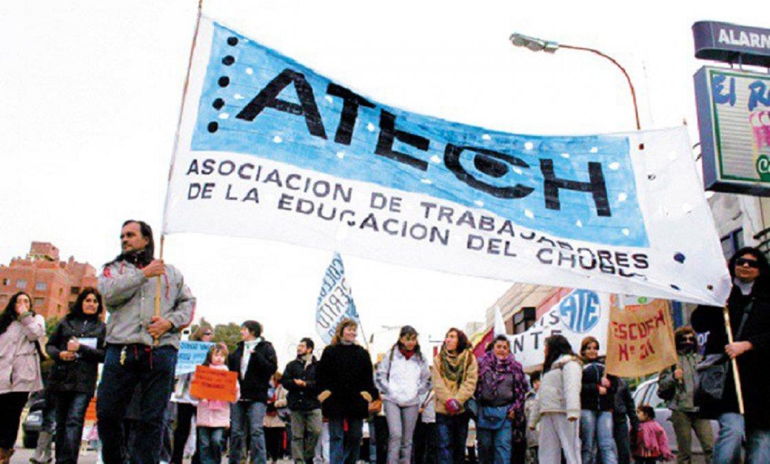 ATECh anunció paro por 48hs y retención de servicios