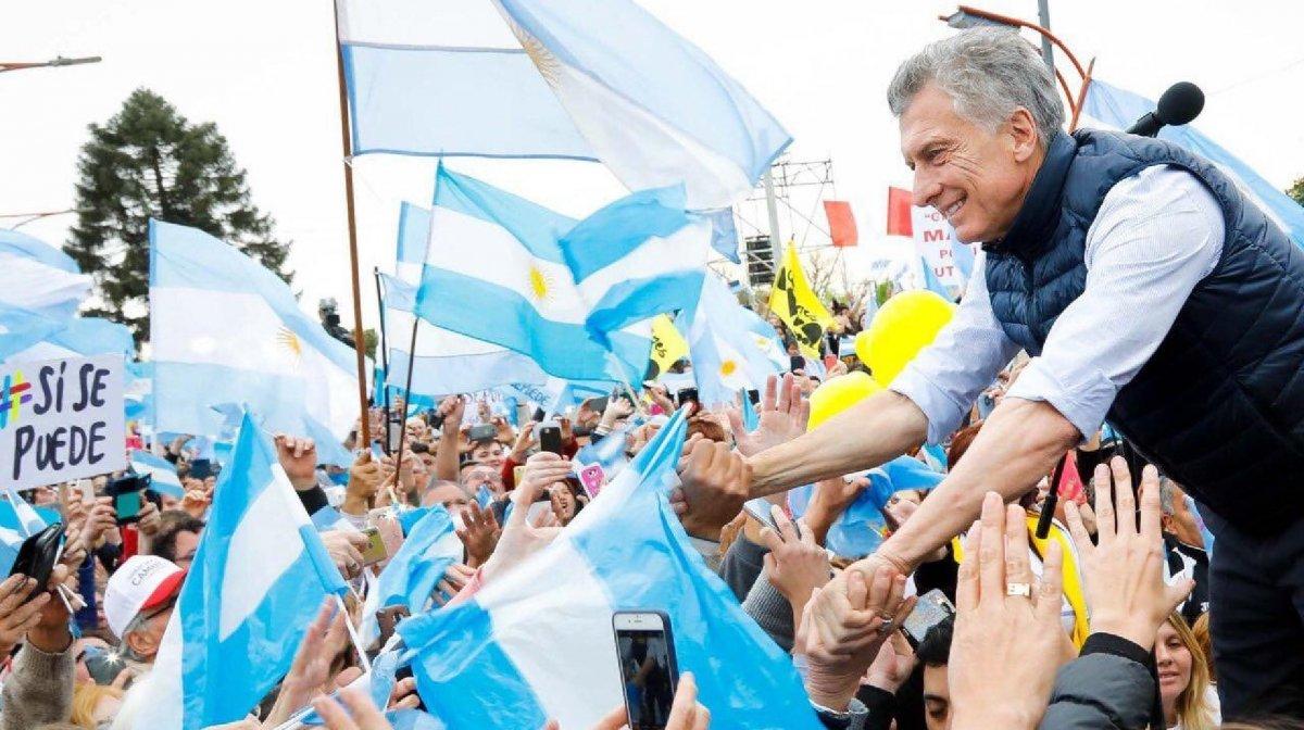 Macri convocó a una marcha para despedirse