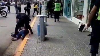Una mujer apuñaló a otra en pleno centro de la ciudad