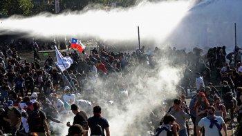El FIT invita a movilizarse en apoyo a los manifestantes chilenos