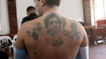 Los micromachismos: el cumpleaños de Diego Maradona