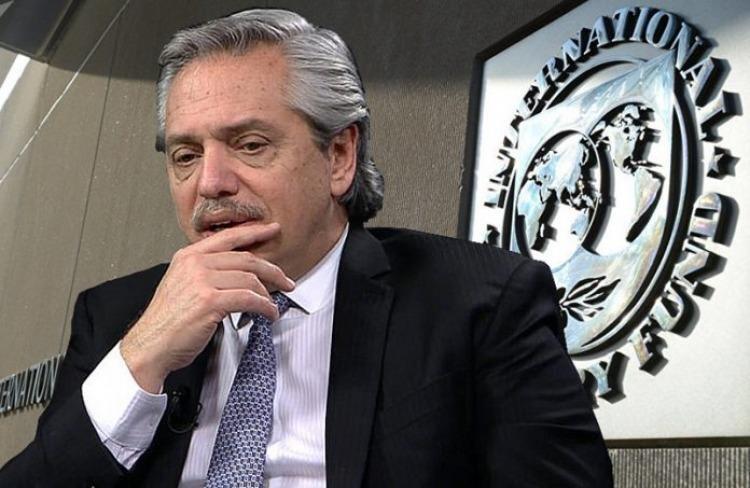 El FMI anunció que no desembolsará dólares hasta conocer el rumbo económico de Fernández