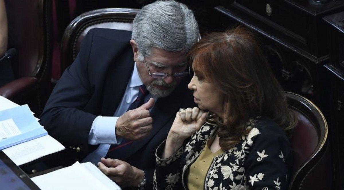 Michetti se comunicó con Cristina Kirchner para avanzar con la transición