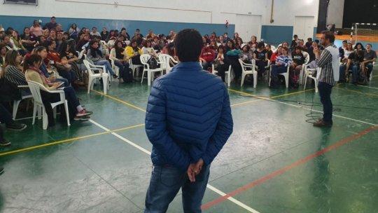 Amplio rechazo de los docentes a la propuesta del gobierno