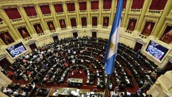 Diputados también debaten sobre la situación en Bolivia