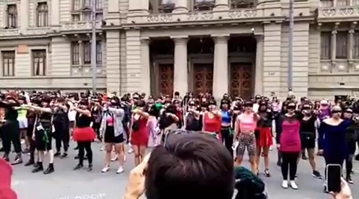 La protesta de las mujeres chilenas recorrió el mundo