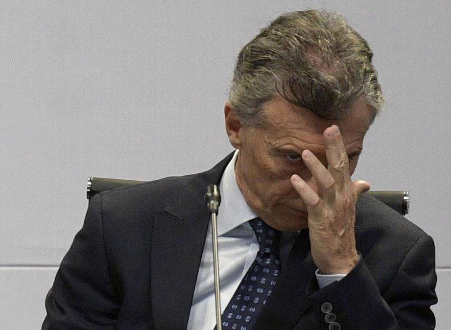 Macri denunciado por el estado de la Casa Rosada