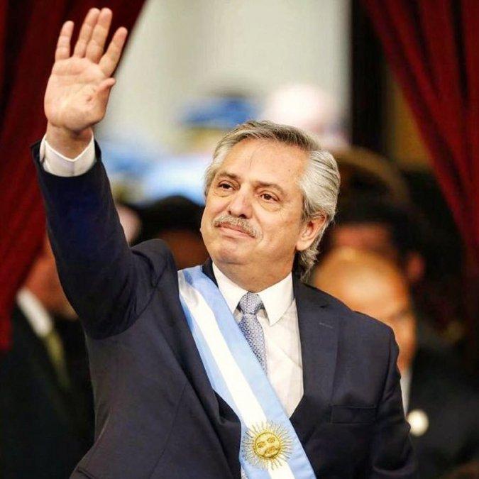 Fernández envió un proyecto para declarar 24 ciudades como capitales alternas