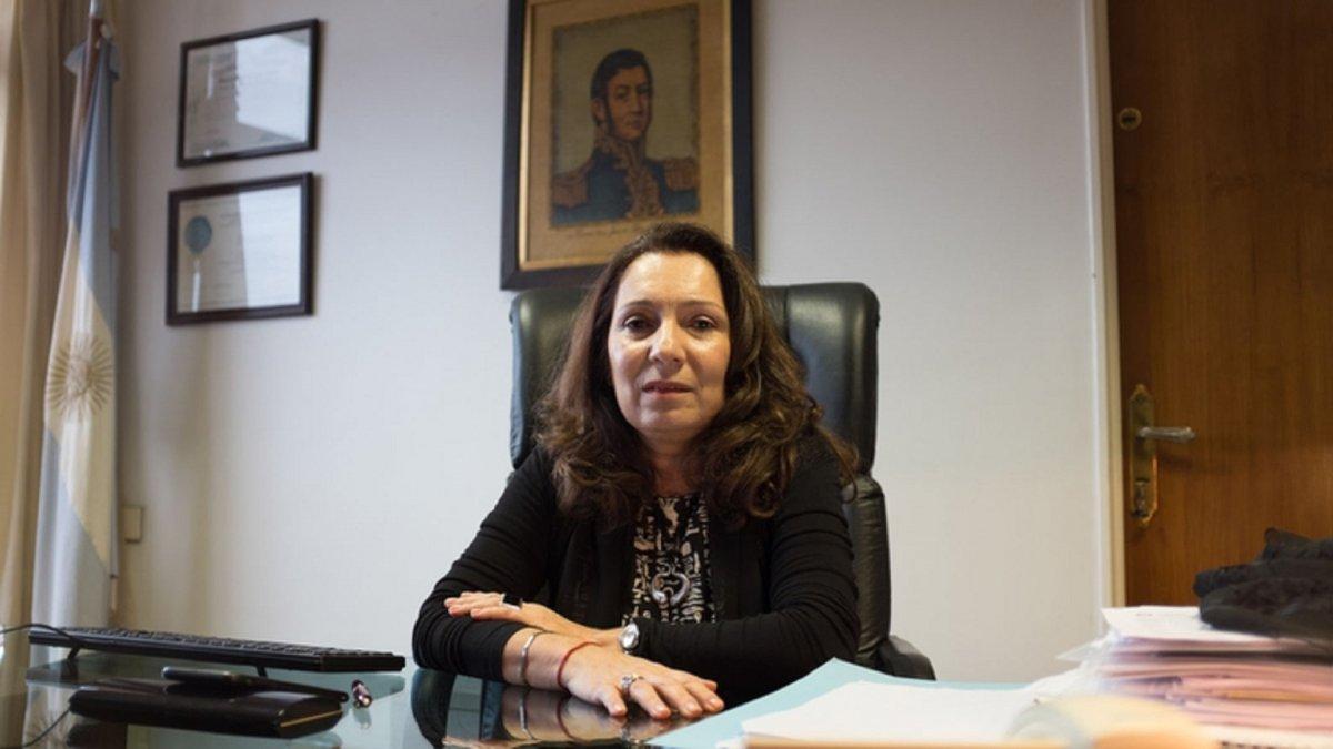 Alberto Fernández prorrogó por 180 días la intervención de Cristina Caamaño en la AFI