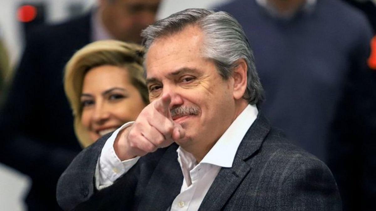 Fernández agradeció a Moldavsky por una canción sobre la cuarentena