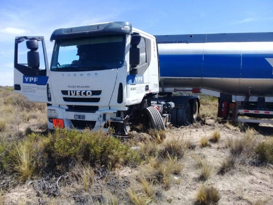 Hombre murió al chocar de frente con un camión