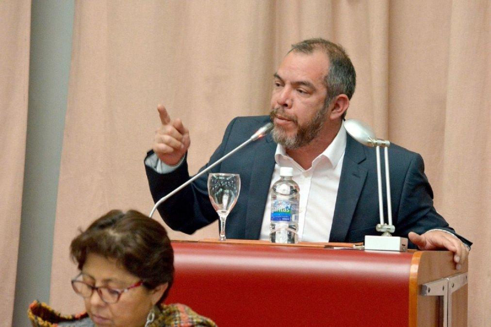Grazzini: Habrá paritarias pero no se discutirá salarios