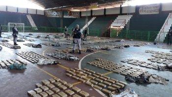 Decomisan dos mil kilos de marihuana