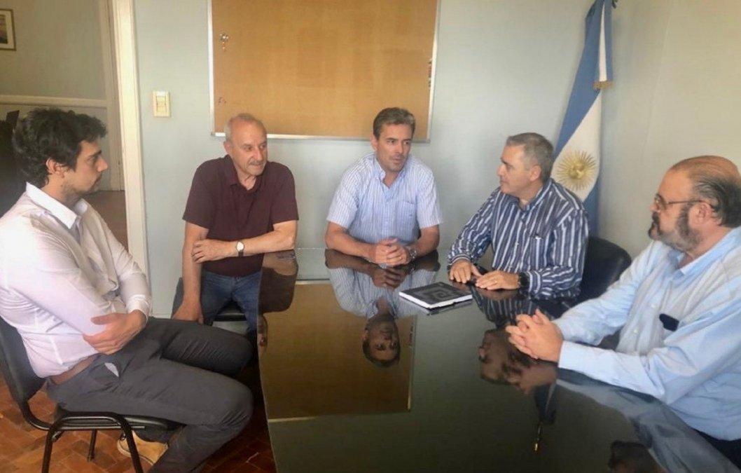 Provincia y Petrominera impulsan mejoras en la Cuenca del Golfo San Jorge