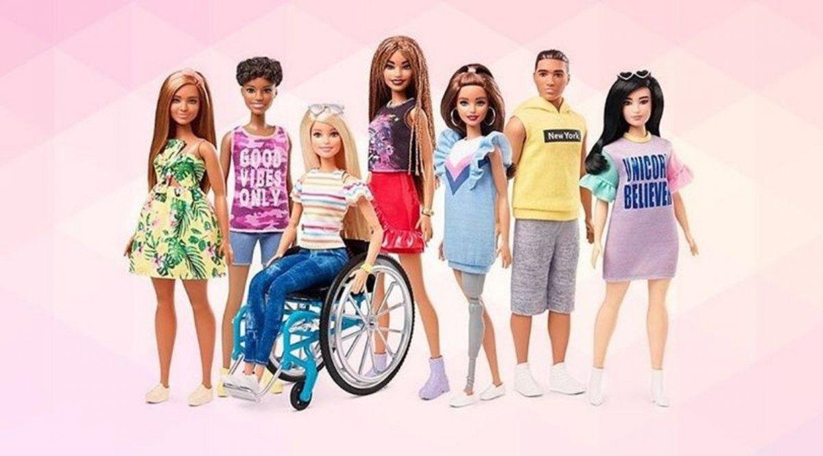 Barbie lanzó una nueva línea de muñecas con prótesis