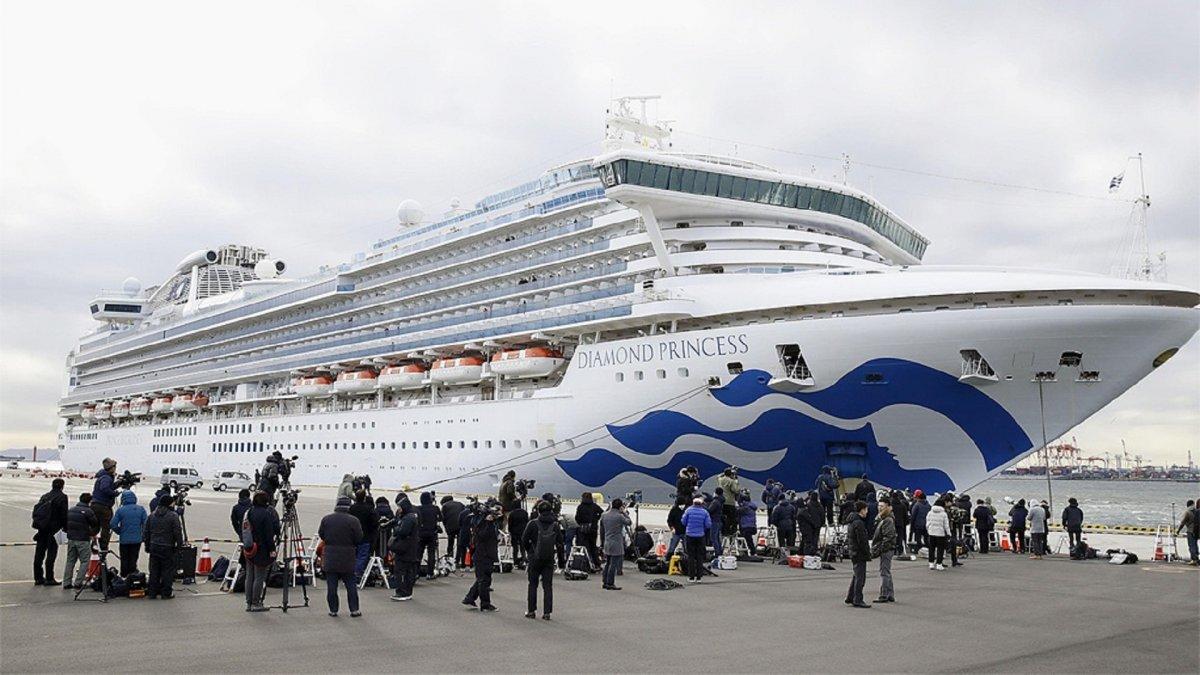Crucero en cuarentena: El argentino con coronavirus presenta mejoras