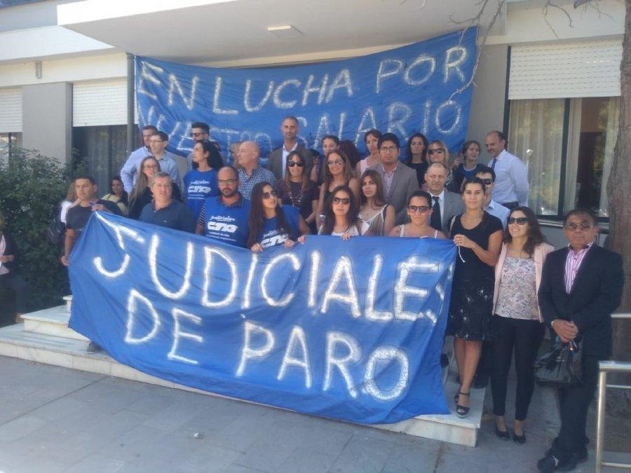 Judiciales se movilizaron en toda la provincia