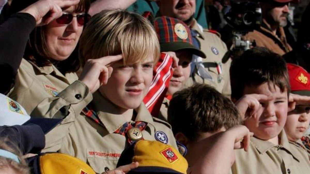 Boy Scouts en bancarrota por denuncias de abuso sexual