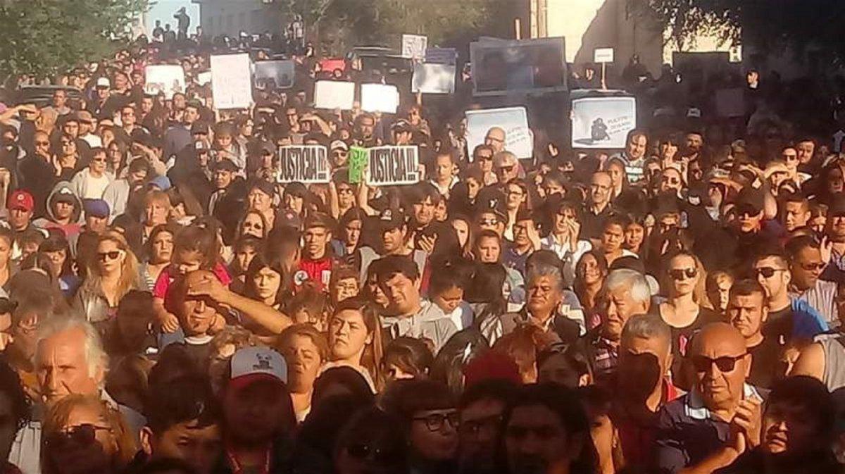Puerto Deseado: Miles de vecinos exigieron Justicia