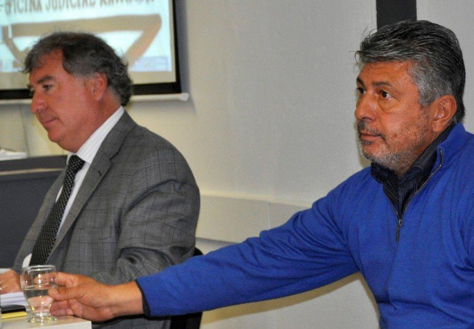Piden que Alberto Vargas vaya a juicio por pedir 300 mil dólares para aprobar la instalación de hotel en Puerto Pirámides.