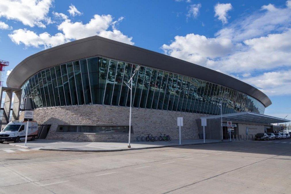 Aeropuerto Internacional General Enrique Mosconi.