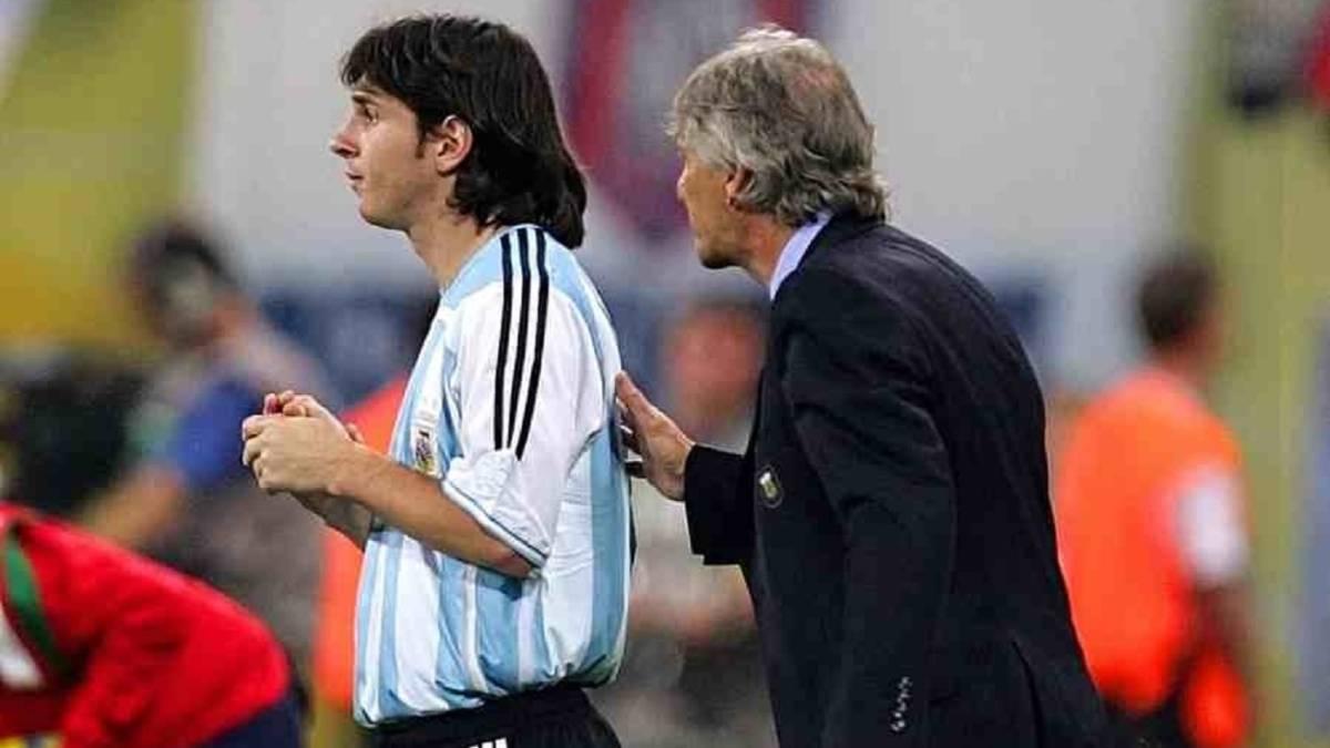 Pekerman fue el primer entrenador de Messi en la selección mayor.