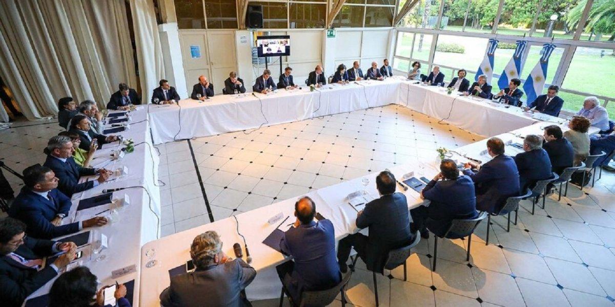 Alberto Fernández y los gobernadores durante la última cumbre en la Quinta de Olivos.