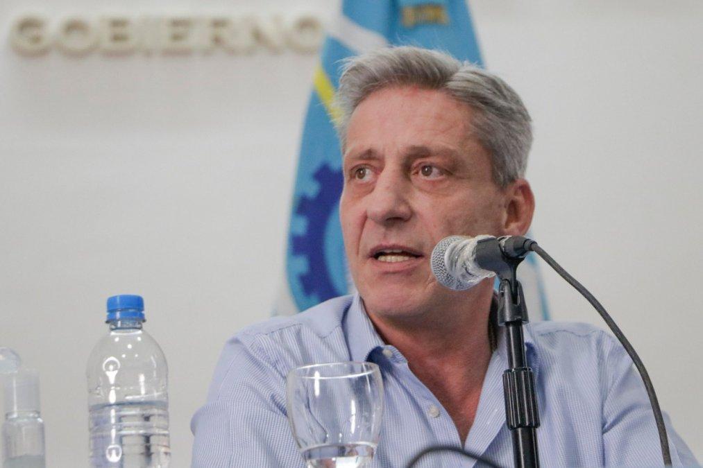 El gobernador anunció la decisión de endurecer medidas por redes sociales.