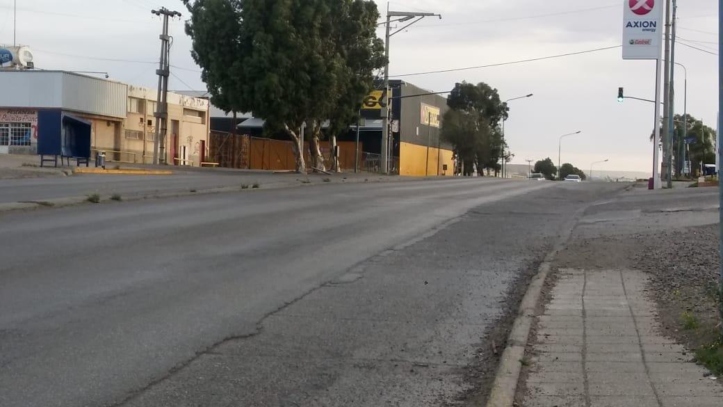 Viento y calles cada vez más vacías en Comodoro