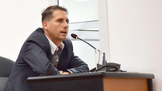 El Concejal Gustavo Reyes.