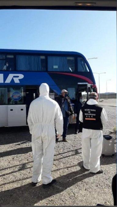 Otro colectivo se quedó en Trelew con pasajeros de la zona del Valle.