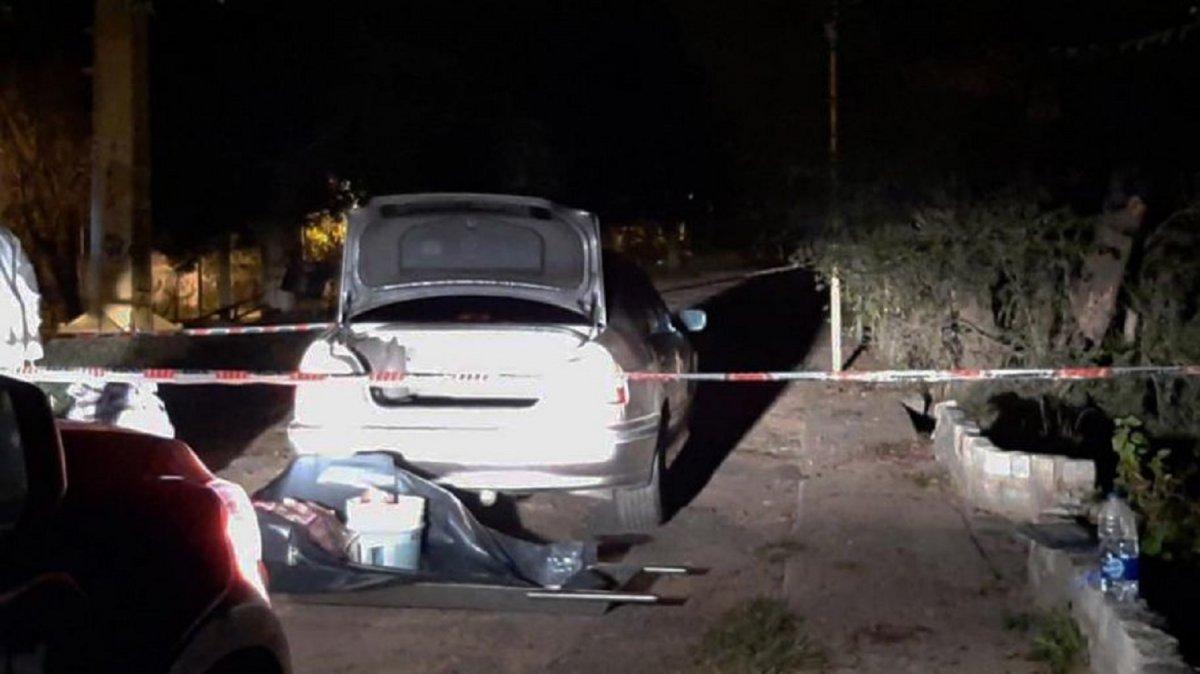Detuvieron a un hombre cuando arrojaba en el Río Luján una valija con un cuerpo descuartizado.
