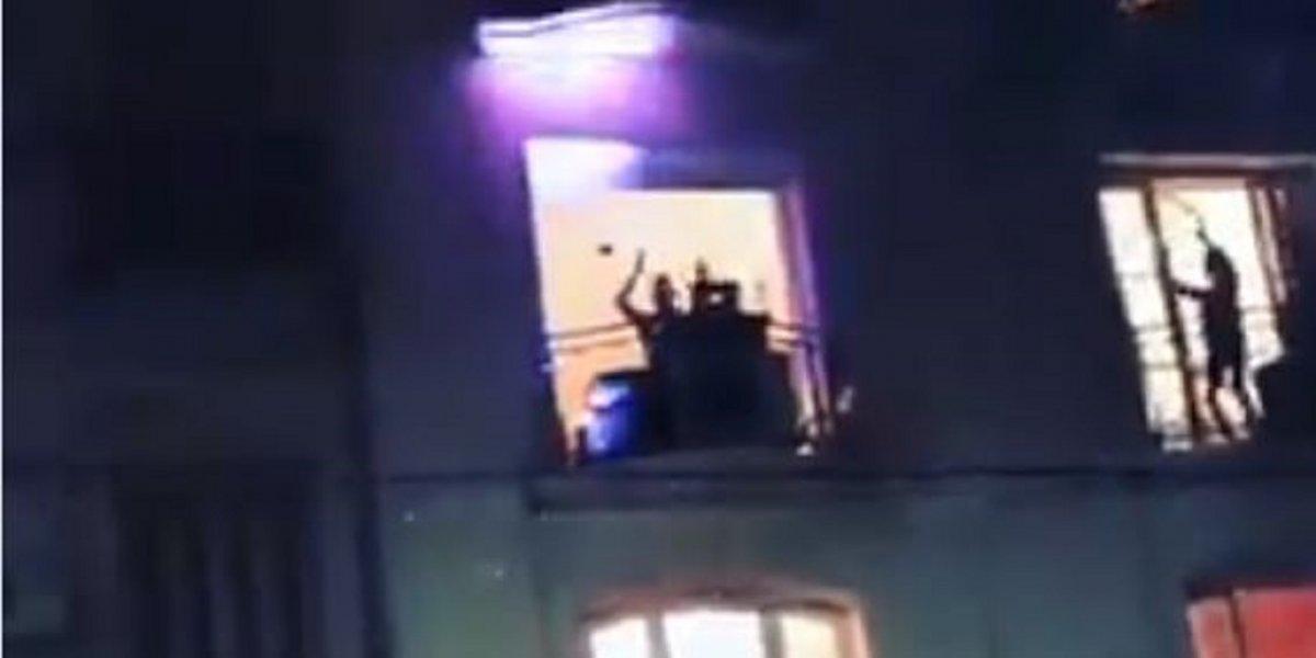 Un DJ homenajeó a Sergio Denis desde un balcón y fue furor