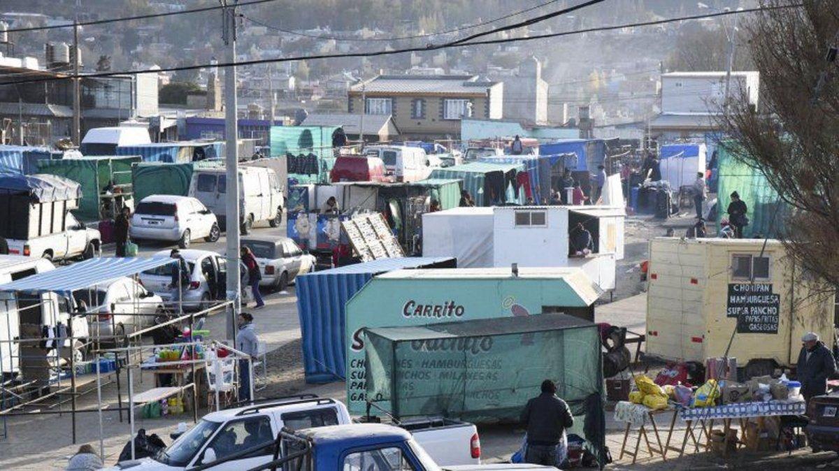 Feriantes de La Saladita piden volver a trabajar.