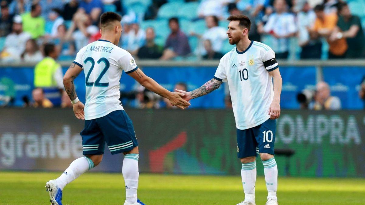 Lautaro y Messi en la Selección.