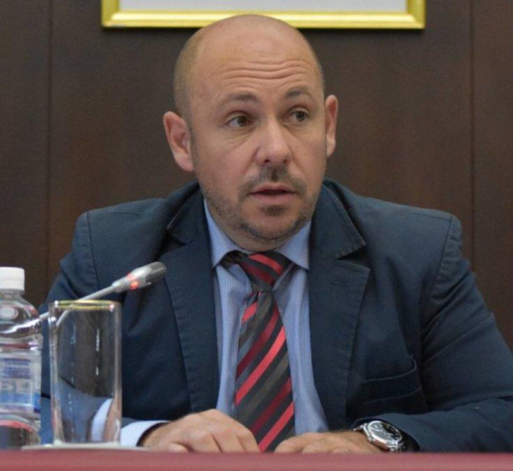 El Vicegobernador Ricardo Sastre dijo que no creo que la solución sea abrir absolutamente todo.