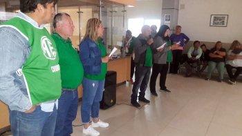 Con decreto o con ley, agentes sanitarios de Chubut no cobran