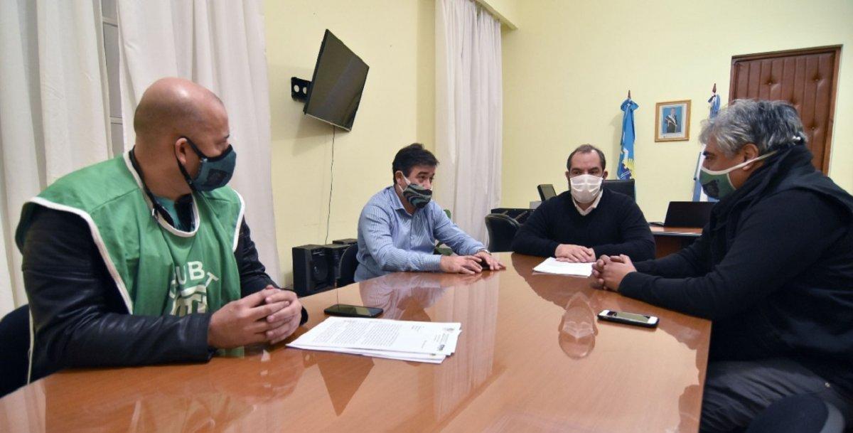 Meiszner y Grazzini junto a representantes de ATE