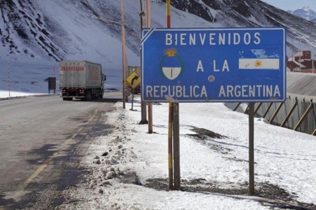 La directora de Migraciones explicó los alcances de la normativa a LaCienPuntoUno.