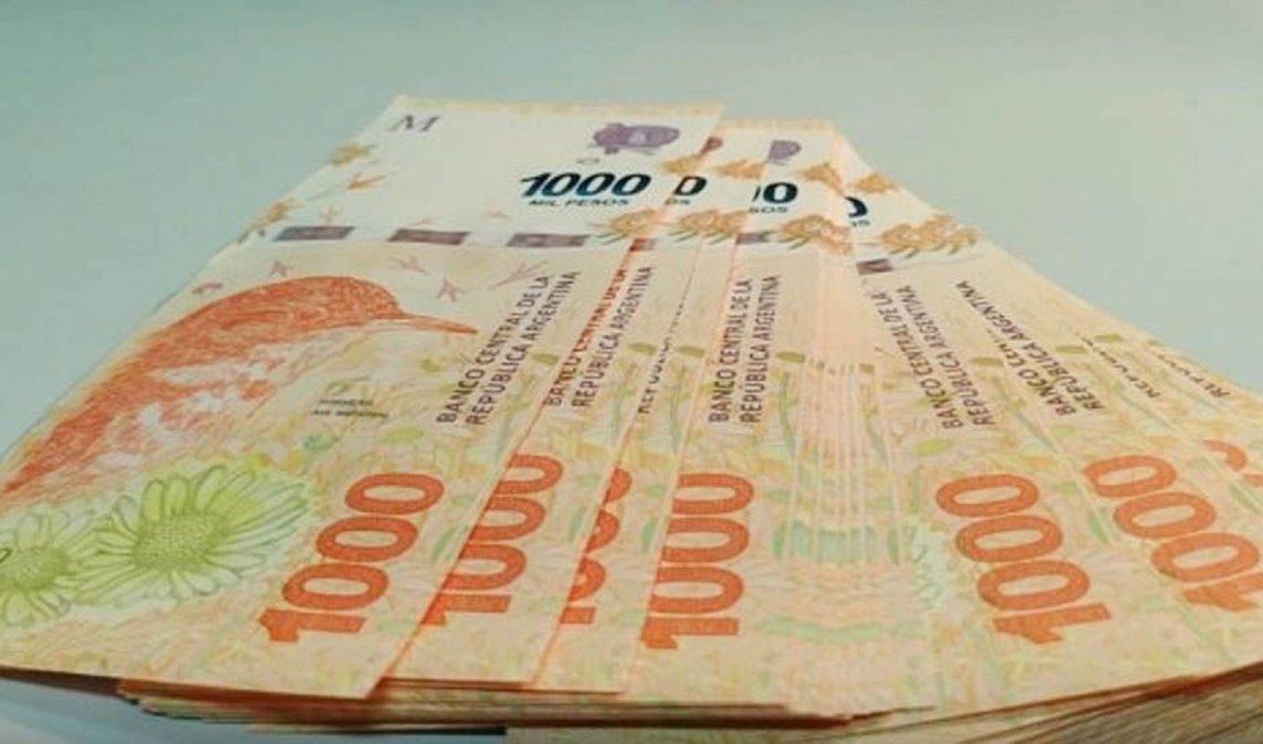 Amparo: Empleada judicial cobra salarios atrasados por 1,5 millones