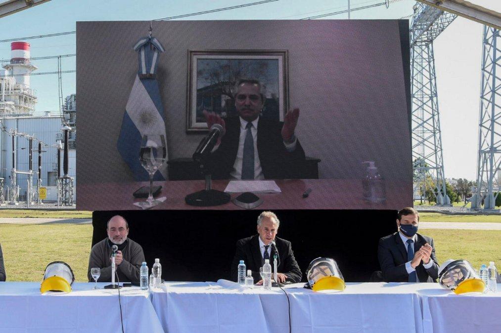 El Presidente inauguró la ampliación de una planta de generación termoeléctrica en Marcos Paz.