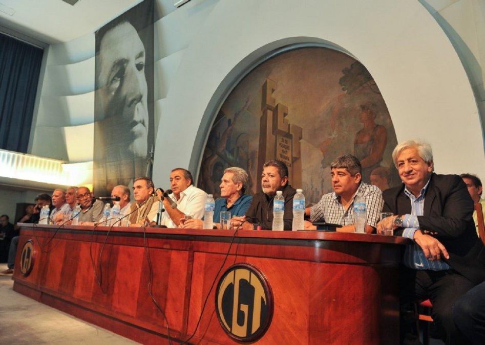 Mesa de la Confederación General del Trabajo.