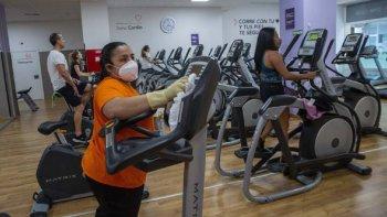 Los centros de entrenamiento físico del país están solicitando una ley de emergencia para el sector.